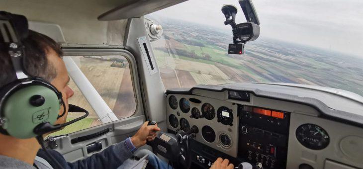 Zdjęcia z dużej wysokości z samolotów załogowych
