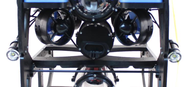 Dron podwodny z kamerą